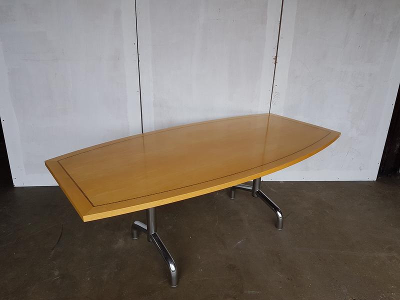 2200x1000mm Tula maple veneer boat shaped table