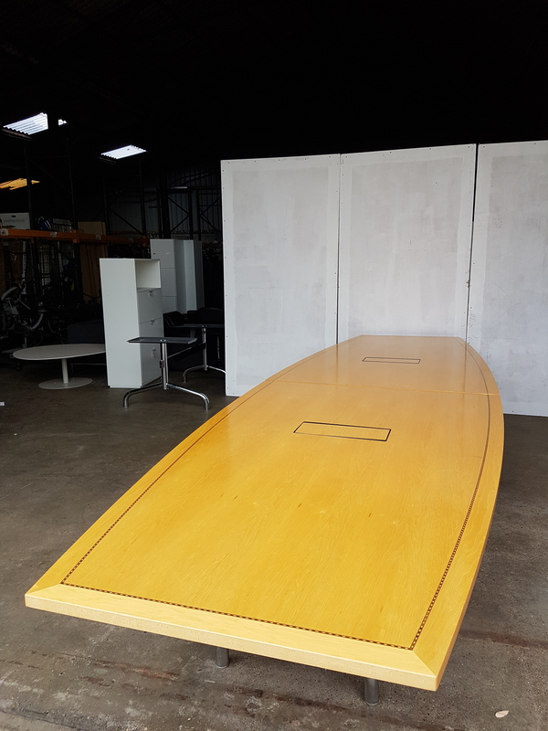 4500 x 1350mm Tula boat shaped Boardroom table CE