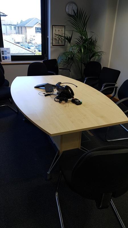 2000x1200800mm maple barrel shape table