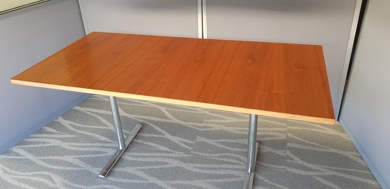 1500x750 walnut veneer flip top tables