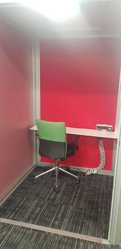 Orangebox Airea-210 Phone Pod