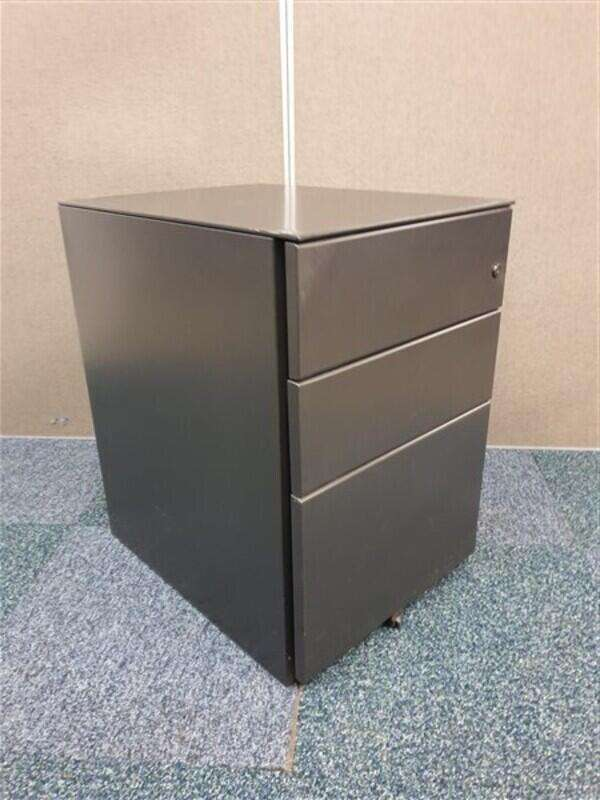 Black metal pedestal