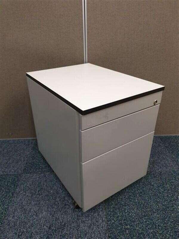 Grey TECHO metal pedestal