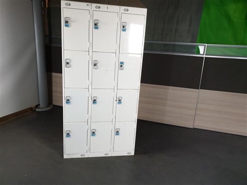 White Metal Locker unit