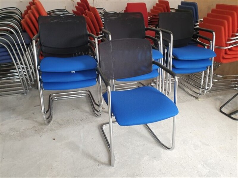 Stackable chair royal blue/black