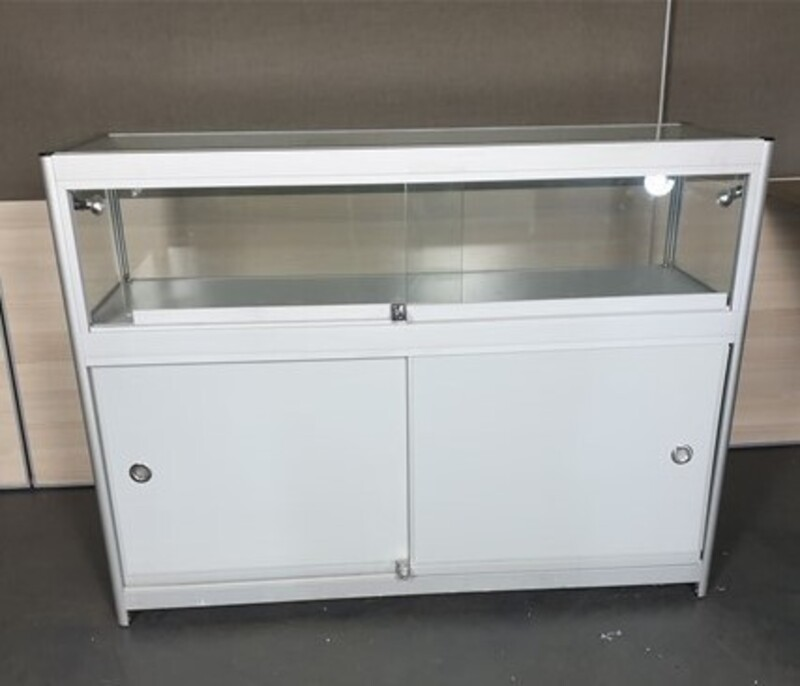 Glass & aluminium display cabinet