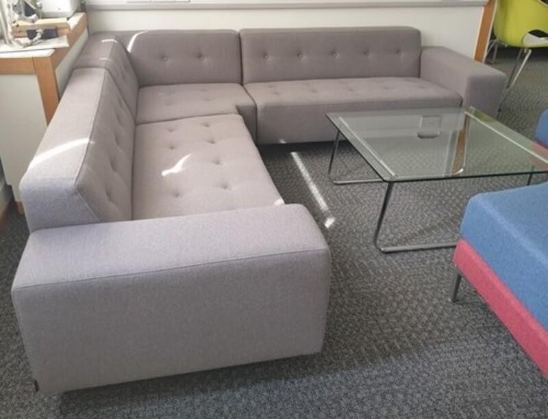 Hitch Mylius sofa