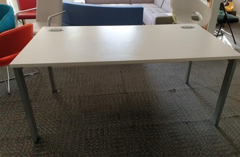 White freestanding desk