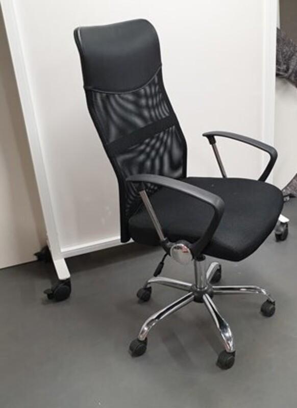 Black high back operator chair