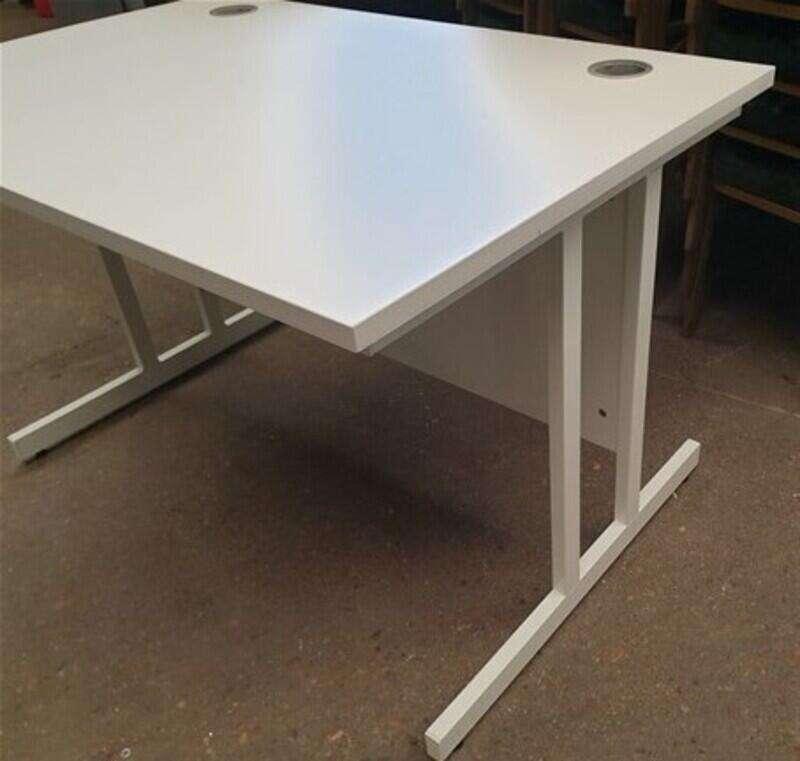 White 1200w cantilever desk