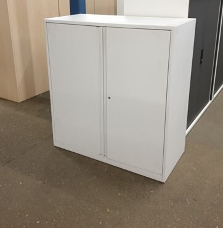 Metal cupboard white 1080h