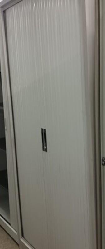 Tall grey tambour 2000h