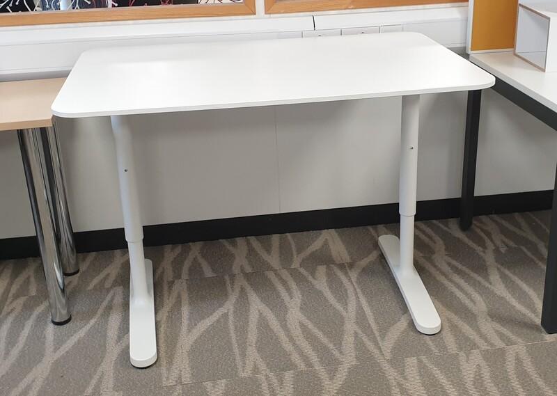 White height adjustable desk 1600mm