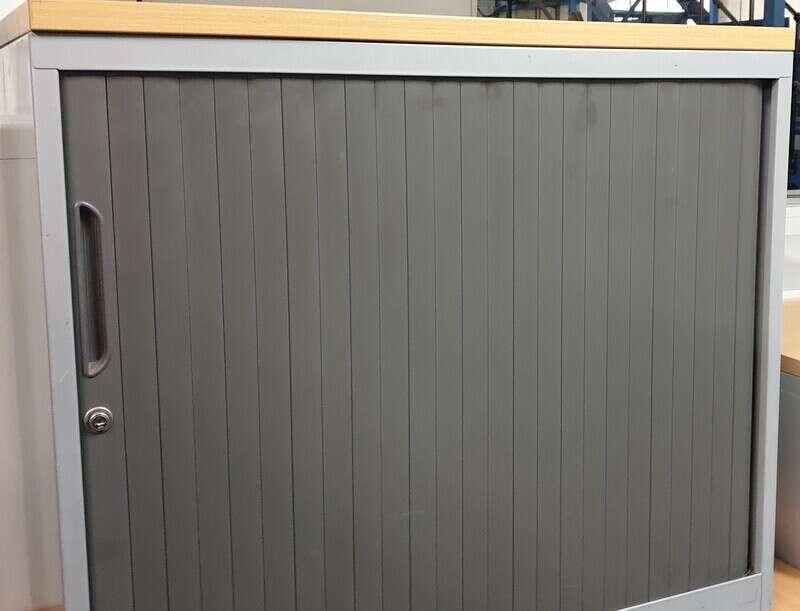 Grey metal tambour beech top
