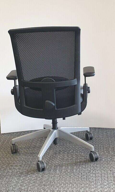 Interstuhl Goal-Air type 1 task chair