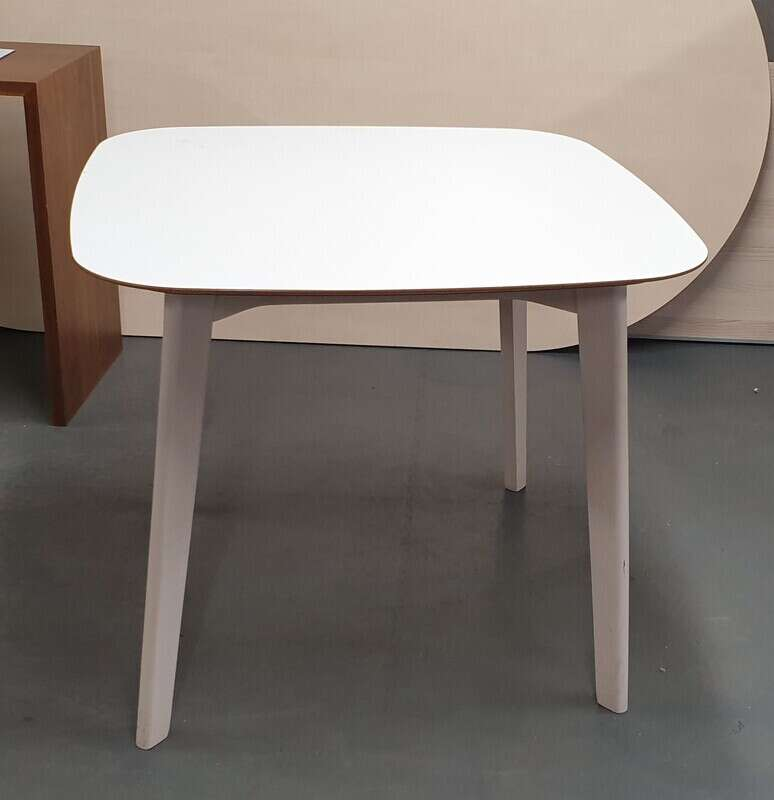 Allermuir Jaicer Table
