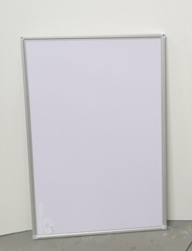 Wall mounted white board