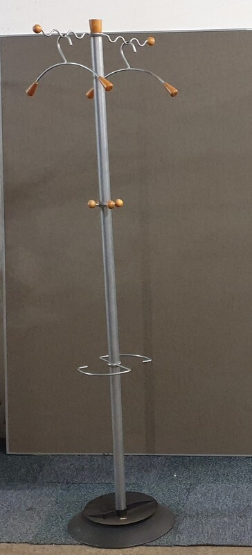 Coat stand wave