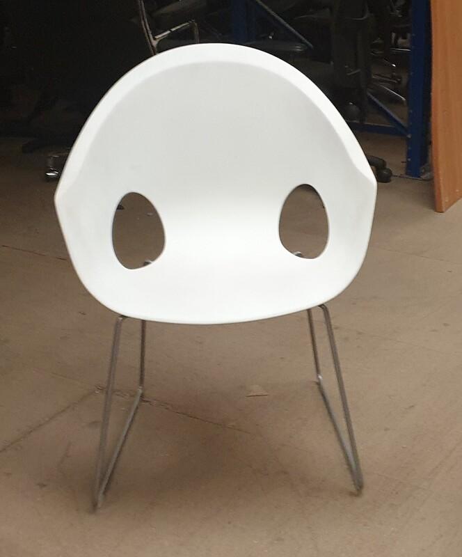 Connection white plastic armchair