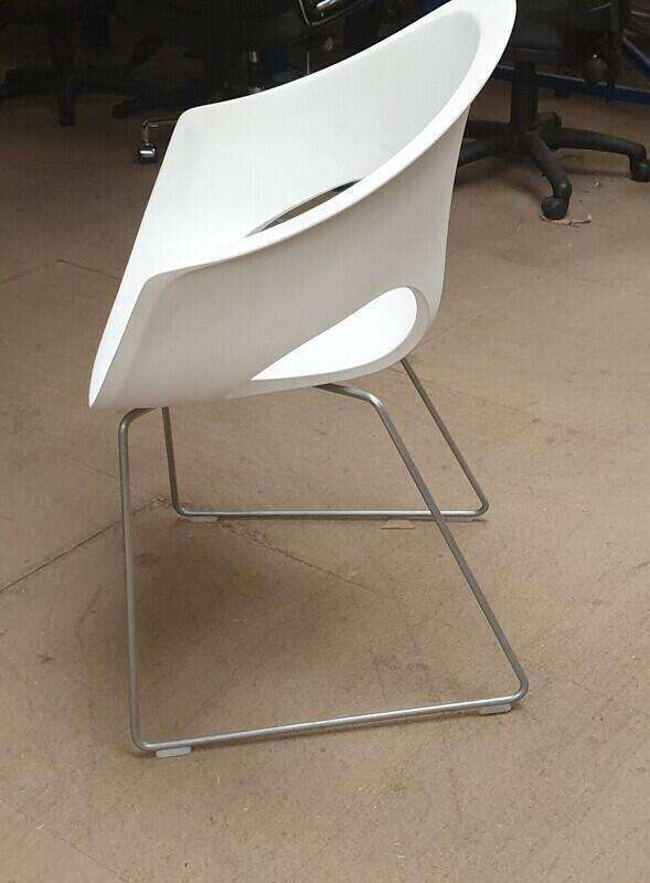 Connection white plastic armchair