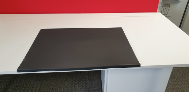 Lesco Desk Mat with edge protector