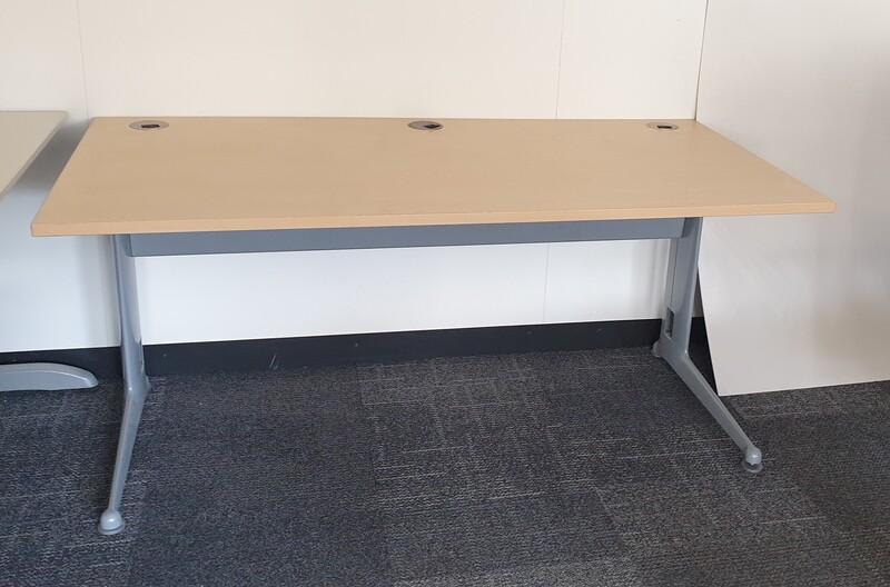 1600x800mm Elite Kassini ash desks