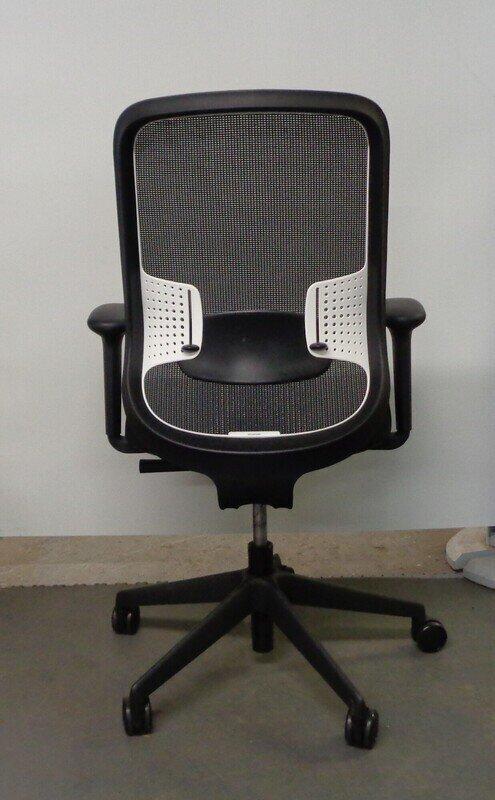Orangebox DO black with white lumbar task chair