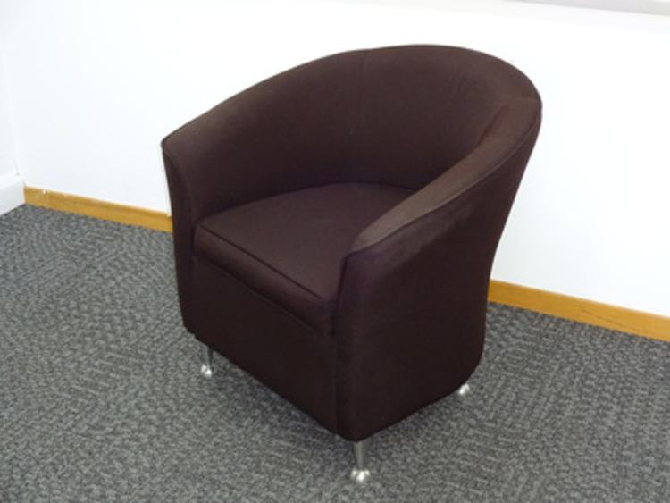 Stylish reception tub chair (CE)
