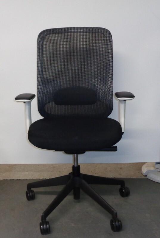 Orangebox DO black and white task chair