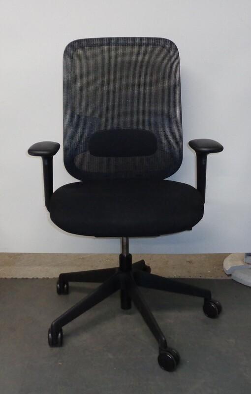 Orangebox DO black with white back frame task chair