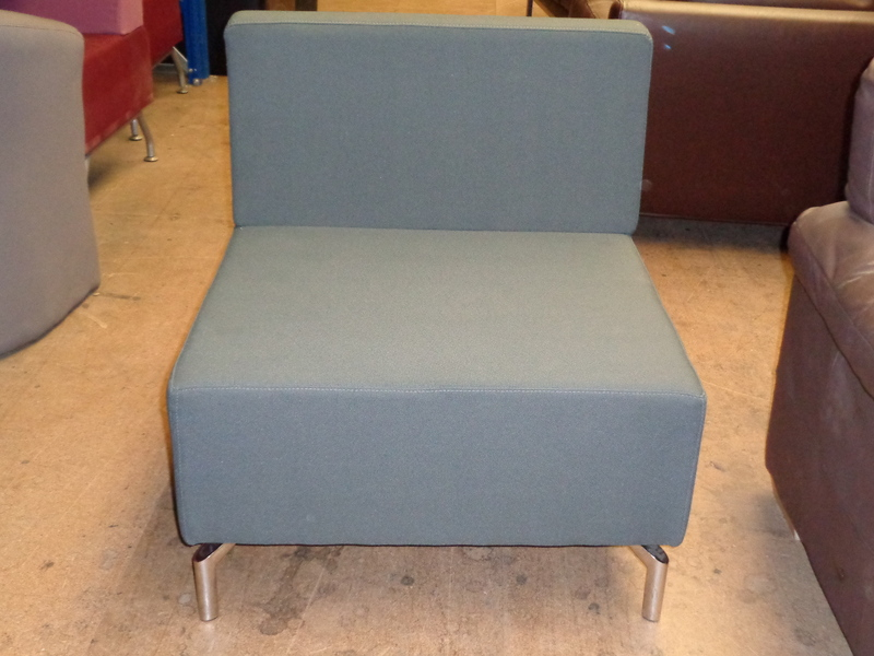 Modular chair by Rhubarb Solutions