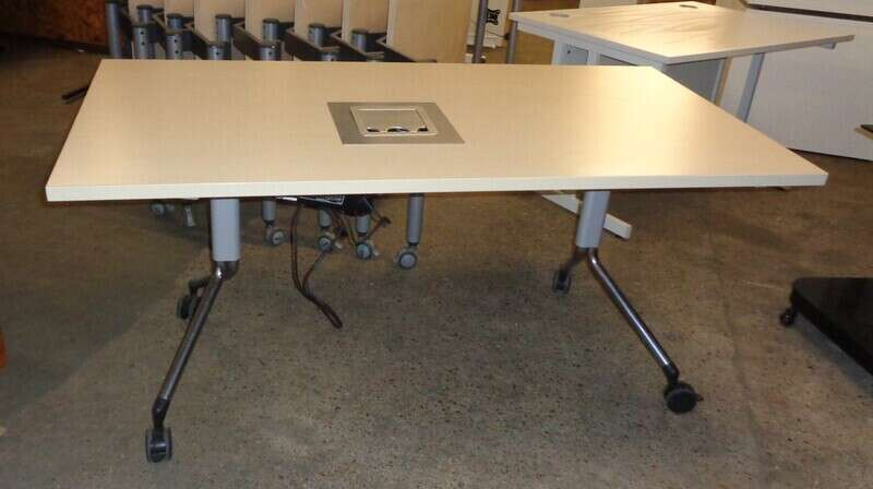 Maple flip top table with electrics