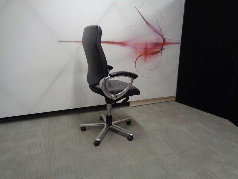 Girsberger Executive Meeting Chair