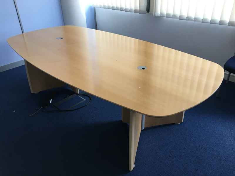 2500 X 1200mm Verco Intuition boardroom table