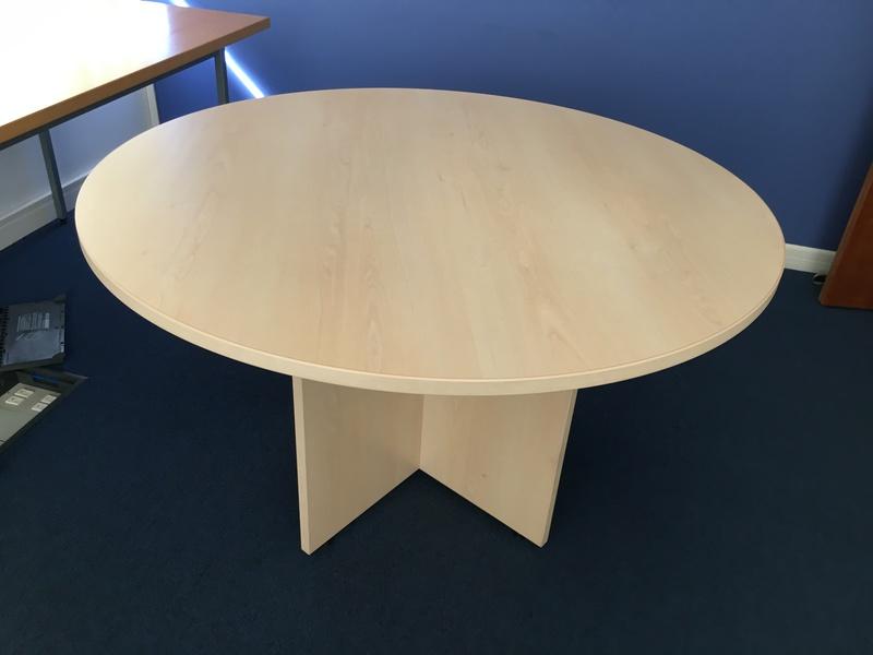 1200mm diameter meeting table