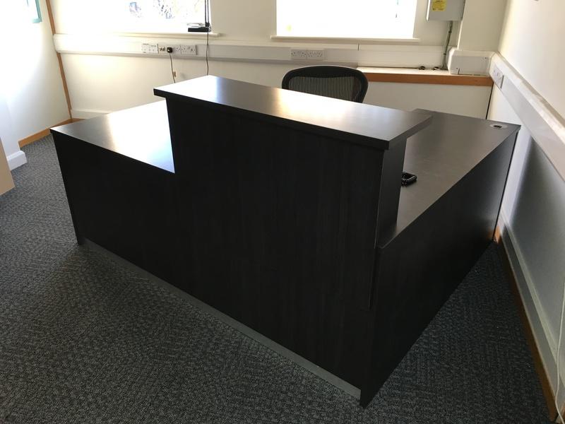 Dark wood 2000x1600mm Lshaped reception counter