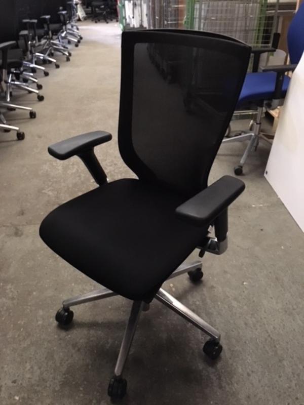 Black mesh back Sidiz task chair model T50