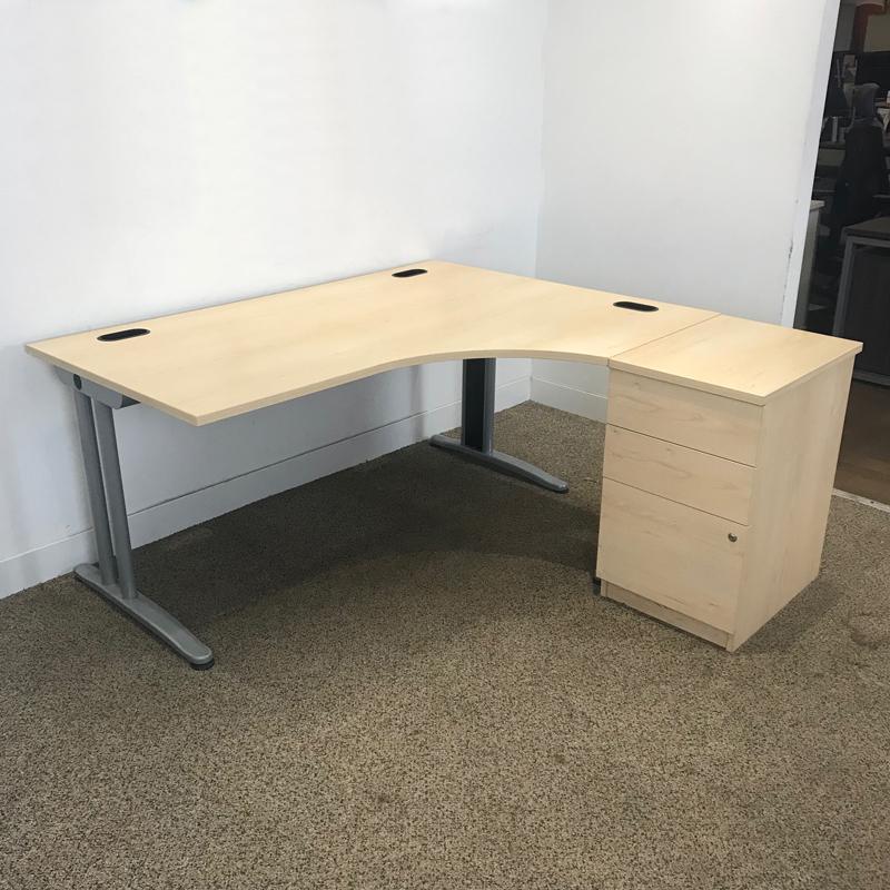 1600x1200mm maple Senator Jigsaw desk amp pedestal