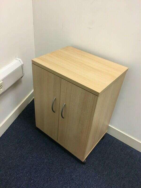 2000x1000mm oak D End table & cupboard