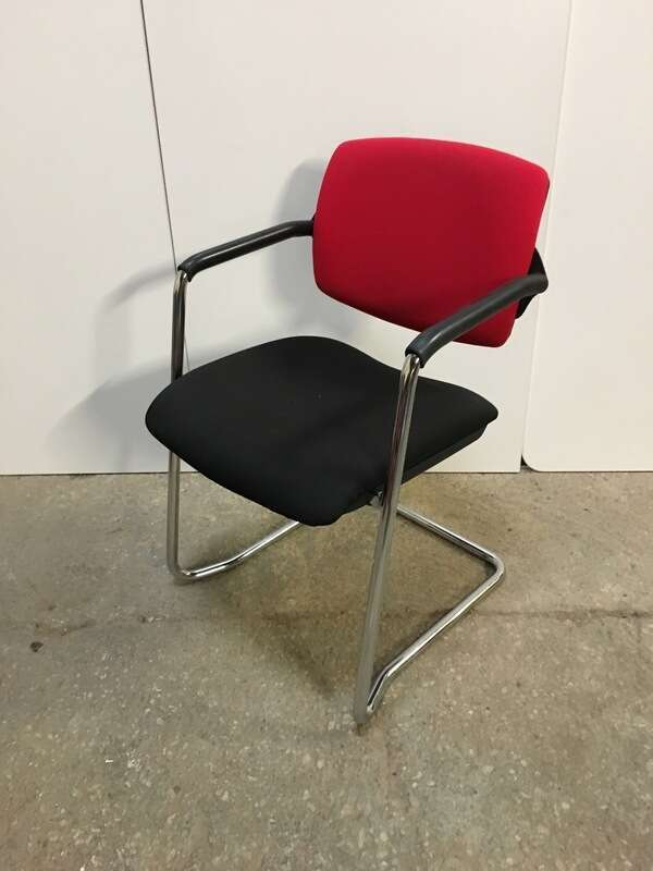 Red/black stacking meeting chairs