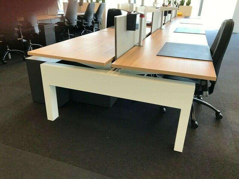 Knoll Plateau 8 person oak bench desks