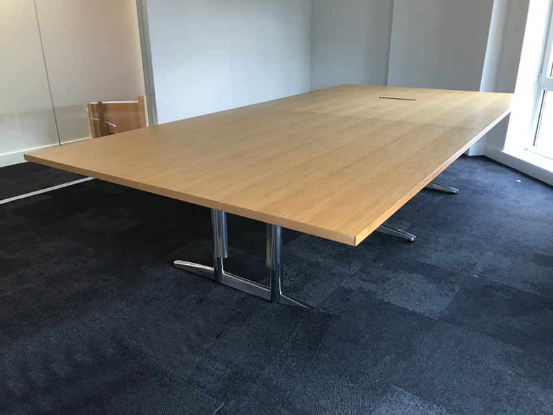 3200x1600mm oak veneer table