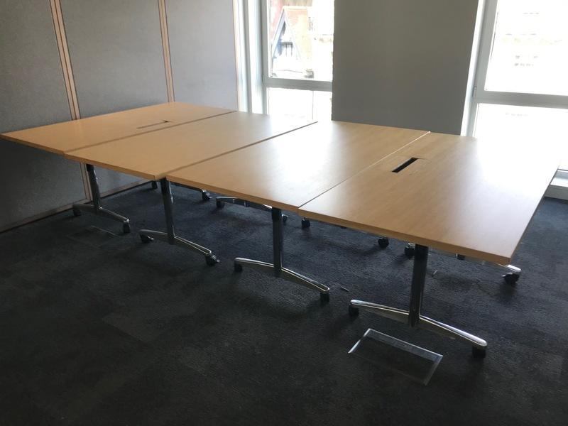 1600x800mm oak veneer flip top tables