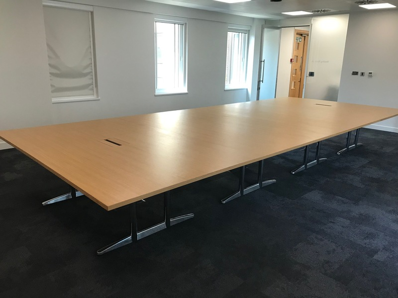 5800x2400mm oak veneer table