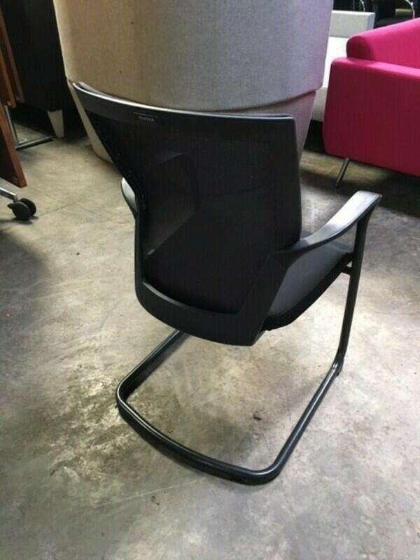 Techo Sidiz T50 black mesh back cantilever meeting chair