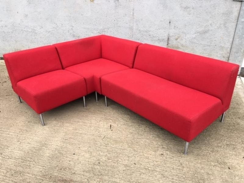 Red Hitch Mylius hm18 Origin sofa