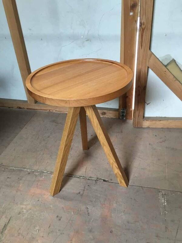Oak tripod 440mm diameter coffee table