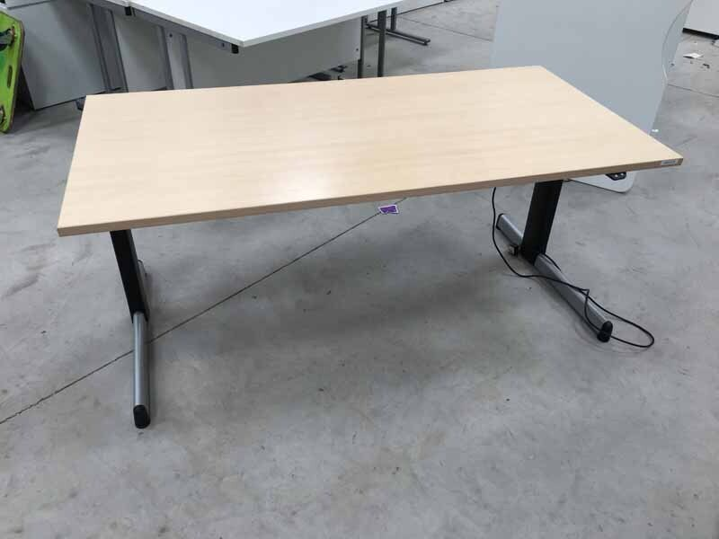 1600x800mm maple Steelcase electrical height adjustable desks