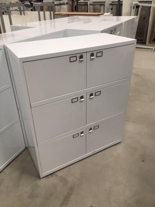 White metal 6 door lockers