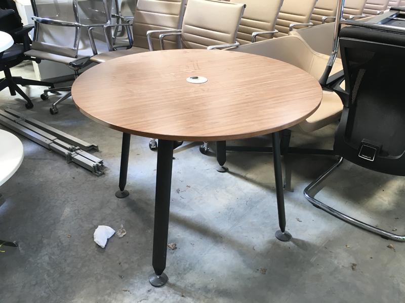 Herman Miller Abak 1000mm diameter walnut table